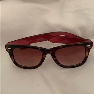Betsey Johnson pink tortoise sunglasses
